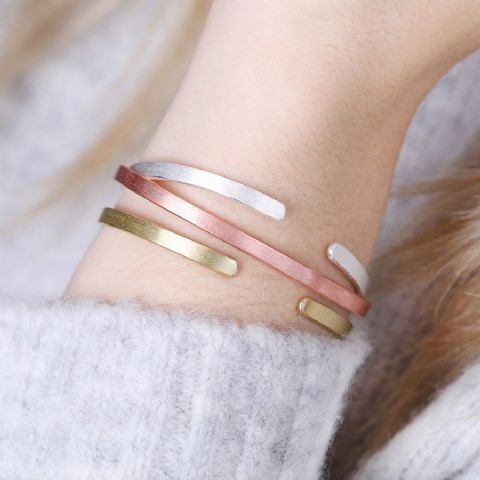 THIN BAR BANGLE ROSE GOLD